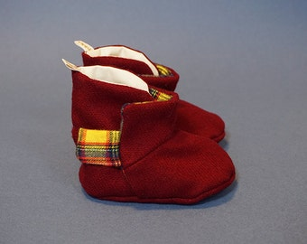 Oppi Baby Boots - A touch of yellow boots