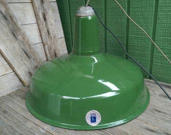 Vintage Green White Enamel Porcelain Industrial Warehouse Barn Light Fixture Electro Silv-A-King