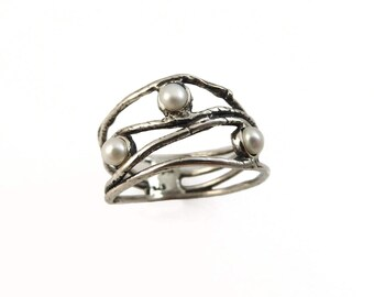 Pearl  ring. Sterling silver Pearl  ring. Wave ring. Pearl  jewelry. Silver ring. Wide silver ring. Pearl  silver ring. Wide ring..