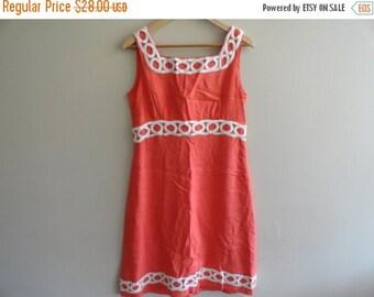 SALE Coral Party Dress Mad Men Mod 60s style Vintage size L