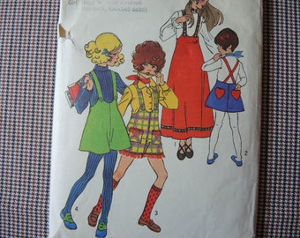 vintage 1970s Simplicity sewing pattern 9542 girls jumper size 14
