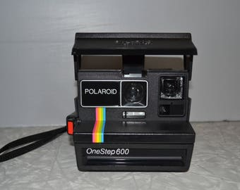 Poloriod One Step 600 Camera ~ Vintage Camera ~ Instant Camera ~ Photography ~ Epsteam