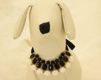 Black and white Pearl Dog Necklace, Dog Jewlery- Pet accessories, Pearl Necklace, Dog beaded Necklace, Black and whtie