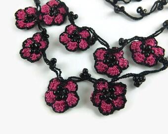 Eye Glasses Chain, Fuchsia Oya Flowers Black Flower Crochet Beaded Eye Glass Necklace, Turkish Oya Crochet, Gift for Grandma