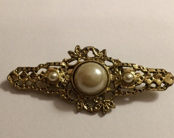 Vintage Victorian Revival Bar Pin Brooch ~ Faux Pearls ~ Goldtone Setting ~ NICE