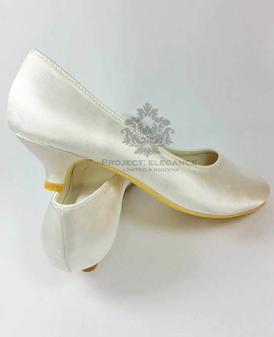simple wedding shoes simple plain ivory satin closed toe low heel 1 inch kitten 7524
