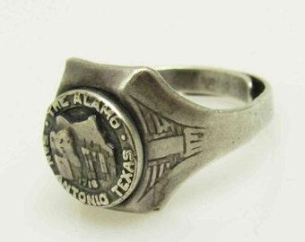 Vintage Alamo Souvenir Ring San Antonio Texas Tourist Memorabilia H33