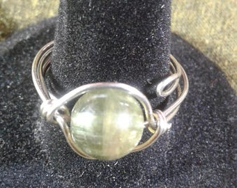 Green Garnet bead wire wrap ring, garnet wire wrap ring, bead ring, silver ring, handmade jewelry, green garnet hippie gypsy ring