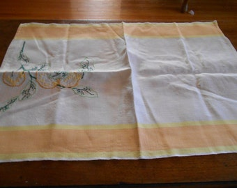 One Fruit Embroidered Linen Towel
