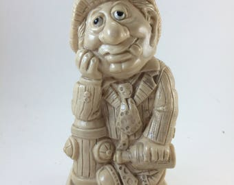 Drunk guy Russ Berrie alcoholic humor never trust a man who doesnt drink plaid coat fire hydrant