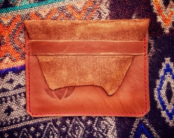 Fawn wallet, durable light brown Italian natural leather, recycled. Card holder, wallet, purse. Simple, elegant, easy. Eco-friendly wallet.