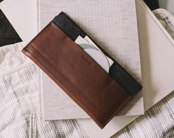 "New leather wallet for Samsung Galaxy S8+, Samsung Galaxy S8 Plus, leather, wool felt, ""Carrier"", tan, brown, black, by band&roll"