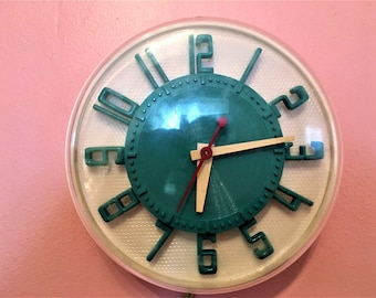 Incredible Turquoise GE TELECHRON wall CLOCK Mid Century Atomic with Guarantee card dated 1954