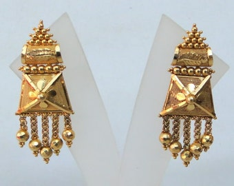 Vintage Antique Solid 22 Carat Gold Stud Earring Pair Tamil Nadu South India