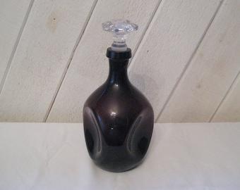 Amethyst glass decanter, clear prism stopper, purple liquor alcohol decanter, 30s 40s, antique decanter, Cambridge glass pinch, 1422