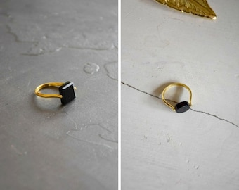Black agate brass ring