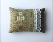 Completed primitive cross stitch Paper Whites pincushion, Cupboard Tuck, Primitive Pincushion