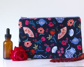 Alice in Wonderland zipper pouch, knitting notions bag, purse organizer, travel, cosmetic bag, jewelry case, pencil pouch