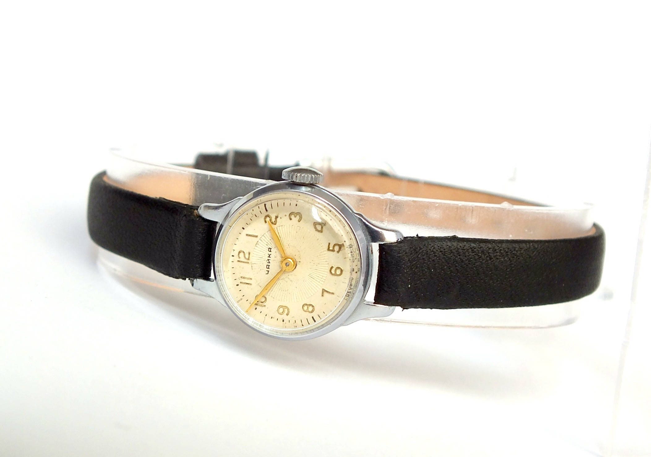 miniature womens watch very small watch chaika 60s vintage. Black Bedroom Furniture Sets. Home Design Ideas