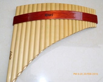 Professional Lupaca Panflute Tunable 22 PipesNatural Bamboo and Palisangre Wood  From Peru - Right Handed