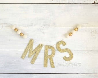 Wedding Banner - MRS Sign, Wedding Sign, Wedding Chair Signs, Wedding Banner, Wedding Garland, Wedding Decor, Future Mrs Chair Sign