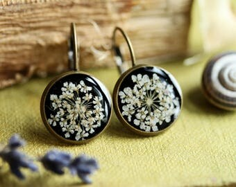 Pressed flower earrings, real flowers, floral earrings, black and white, gift for her, drop earrings, resin jewellery, made in Ireland