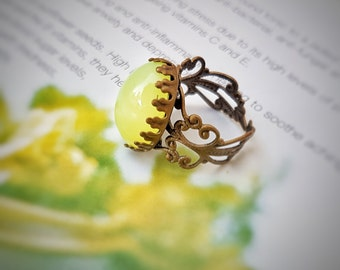 Oval filigree citrus opal ring,Glass opal adjustable ring, Brass crown adjustable ring, Cabochon ring
