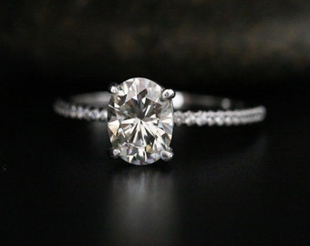 Brilliant Oval Moissanite and Diamond Ring Engagement Ring in 14k White Gold with Moissanite 8x6mm and Diamonds