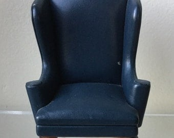 Dollhouse Miniature Blue Leather Wingback Chair (Itz)