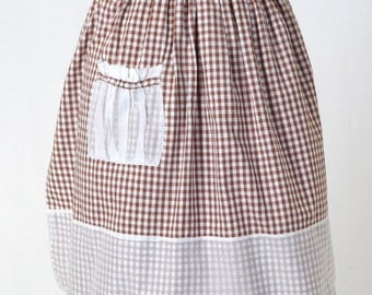 Vintage Womans Apron / Brown and White Gingham Half Apron / Country Apron / Hostess Apron