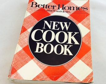 Vintage Better Homes and Garden Cookbook / Better Homes and Gardens Cookbook 1981