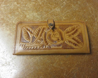 Vintage Tooled Leather Floral Flower Billfold Wallet Mexico