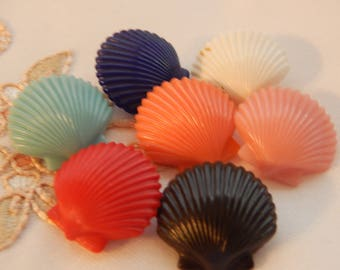 Scallop Shells Plastic Buttons - 7 Different Colors