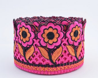 Lace Trim, Embroidered Lace, Embroidery Lace Trim, Border, Indian Style, Floral, Pink, Orange, Black - 1 meter