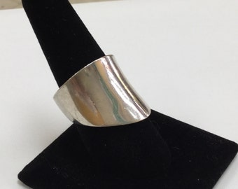 Vintage 925 Sterling Silver Woman's Ring, Size 8!!!    Free US Shipping!!!