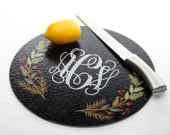Personalized Glass Cutting Board - Custom Kitchen Utensil - Personalise Christmas Wreath Glass Cutting Board