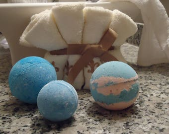 Basic Bath Bomb for Kids. Surprise Inside! Set of Two
