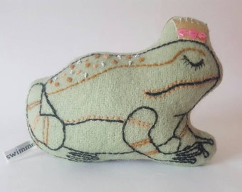 Green Frog Prince Soft Toy
