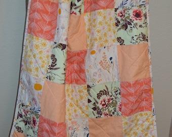 Girl Quilt/ Flower Crib Quilt / Toddler Quilt