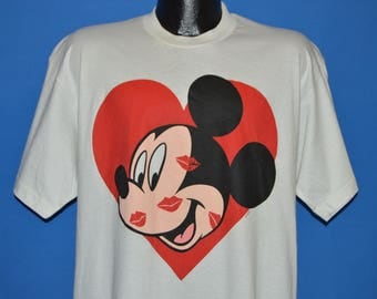 90s Mickey Mouse Heart Kisses t-shirt Large