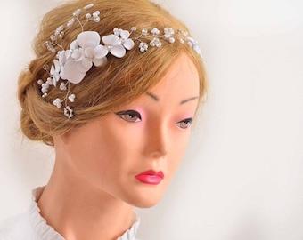 First Communion headband, Bridal floral headband Bridal headpiece Bridal headband Wedding hair jewelry Pearl headpiece