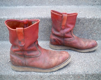 Vintage Red Wing Irish Setter Men's Work Hunting Leather Riding Biker Soft Toe Boots Made in USA Size 9.5 Wide