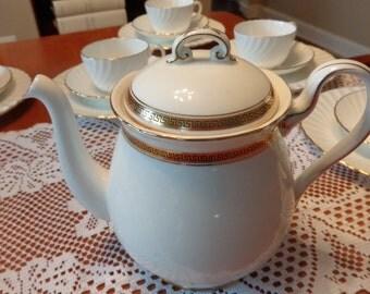 Shelly Fine Bone China Teapot / English Teapot / Vintage Teapot / Bridal Shower Teapot