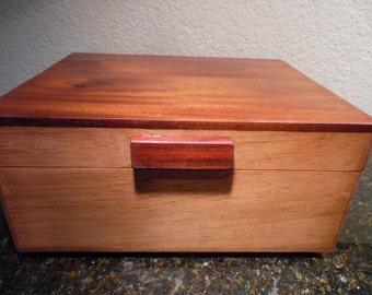 Spanish Cedar Cigar Humidor with Solid Paduak Top and Removable Spanish Cedar Tray