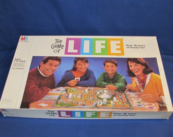 The GAME OF LIFE Game by Milton Bradley 1991