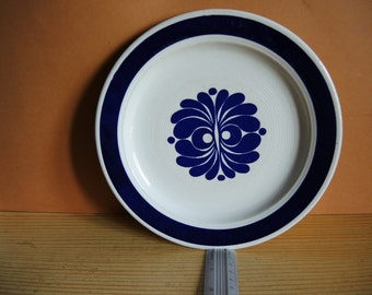 Vintage Egersund Norway large dinner plate / decorative wall plate / blue and white Porcelain Plate / Collectors Plate / wall decor