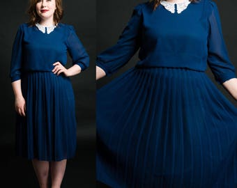 Vintage 80's Navy Blue V.I.P. Petites Sheer Pleated Midi Dress / Peter Pan Collar / Size S/M