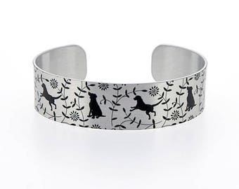 Dog pet jewellery cuff bracelet, brushed silver with black Labrador, Retriever dogs. Dog lovers gift. Secret message gifts. B477