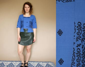 70's vintage women's blue embroidered cotton blouse