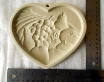 Heart of Plenty, Stoneware, Pampered Chef Cookie Mold 1995